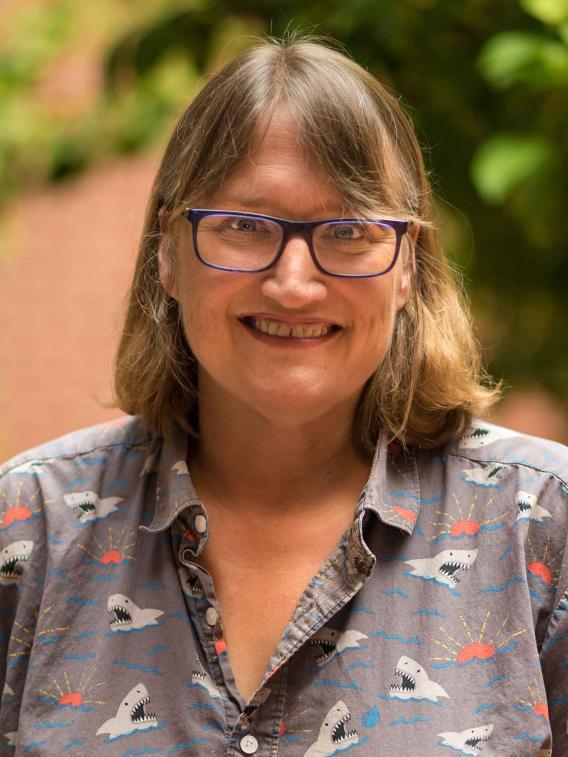 Margaret G Kearney
