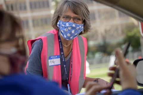 Andy Fischer volunteers at vaccination site